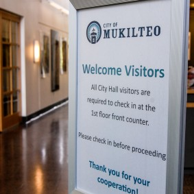 sign welcoming visitors to Mukilteo City Hall